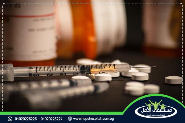 دليلك الكامل حول الامفيتامين واشهر 8 أدوية تحتوي عليه